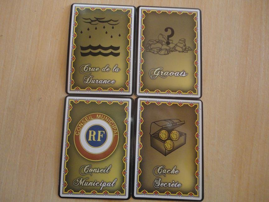 Jarjais: Un jeu de société sur la conspiration de l'oeillet! 0f90be4c5944512aee3b359225482b02e69a
