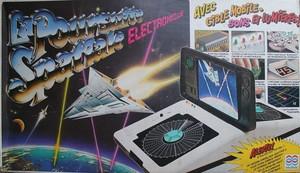 La poursuite spatiale électronique